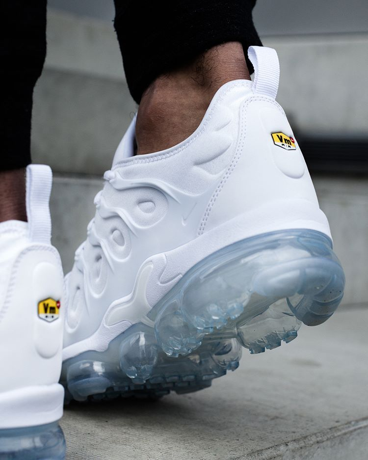 big discount best shoes latest discount Nike Air Vapormax Plus White | Sneakers | Pinterest | Nike ...