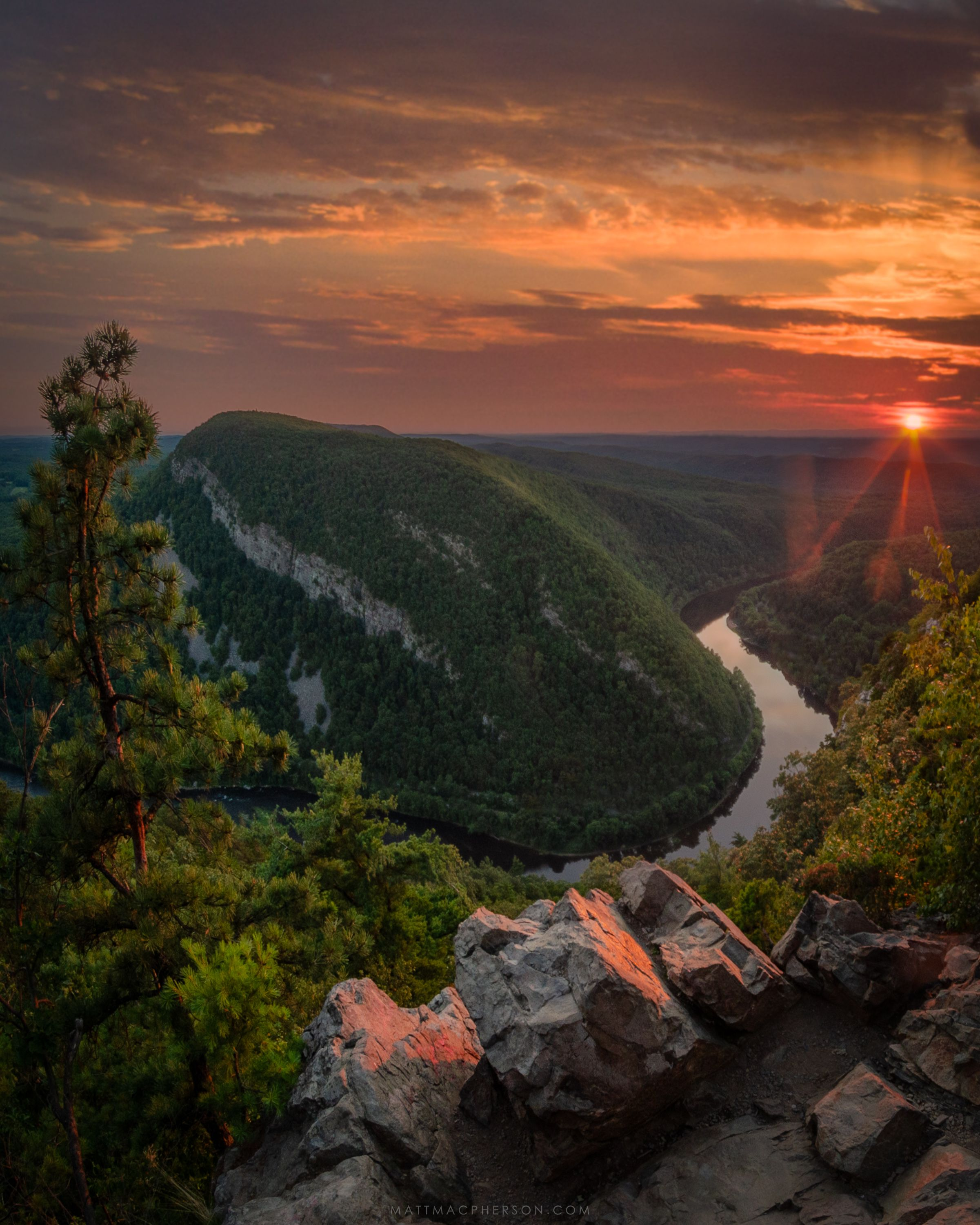 Delaware River From Mount Tammany New Jersey Beautifulnature Naturephotography Photography Earthporn Travel Delaware River Landscape Photography River