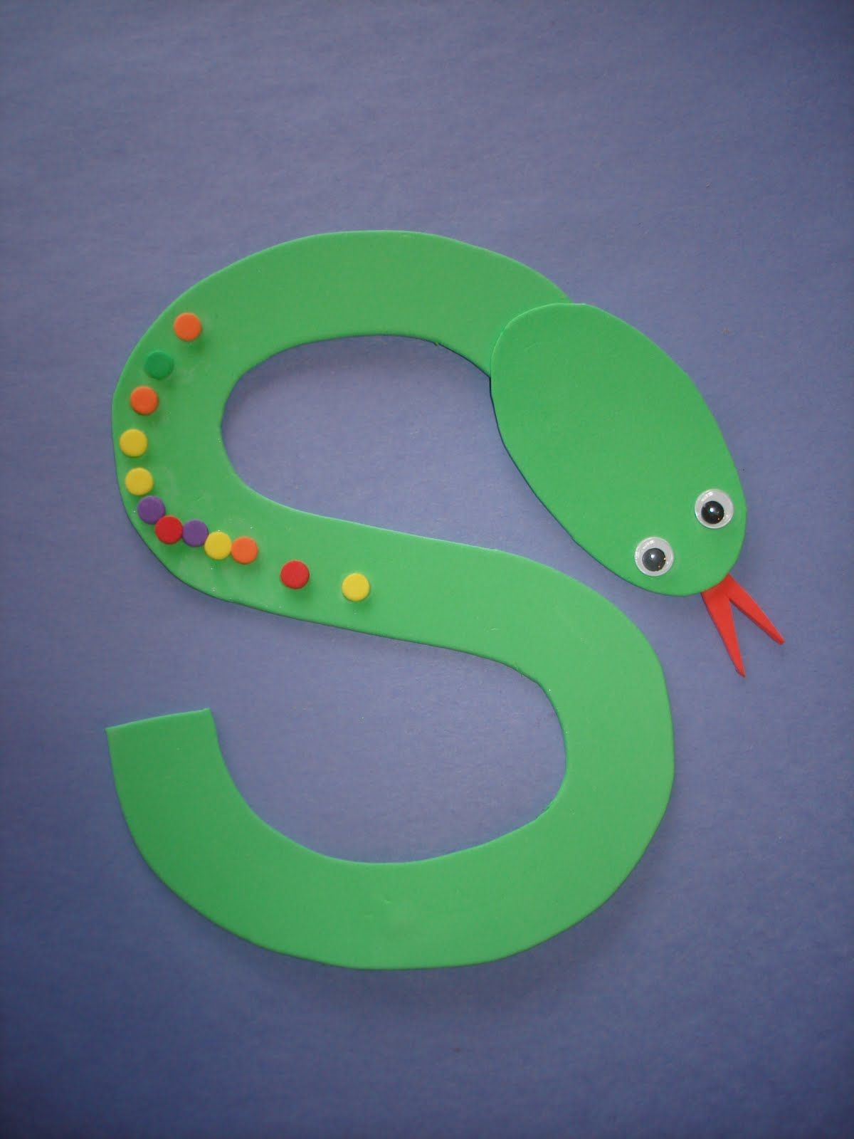 Letter S Snake E Fruit Loops Or Colored Dot