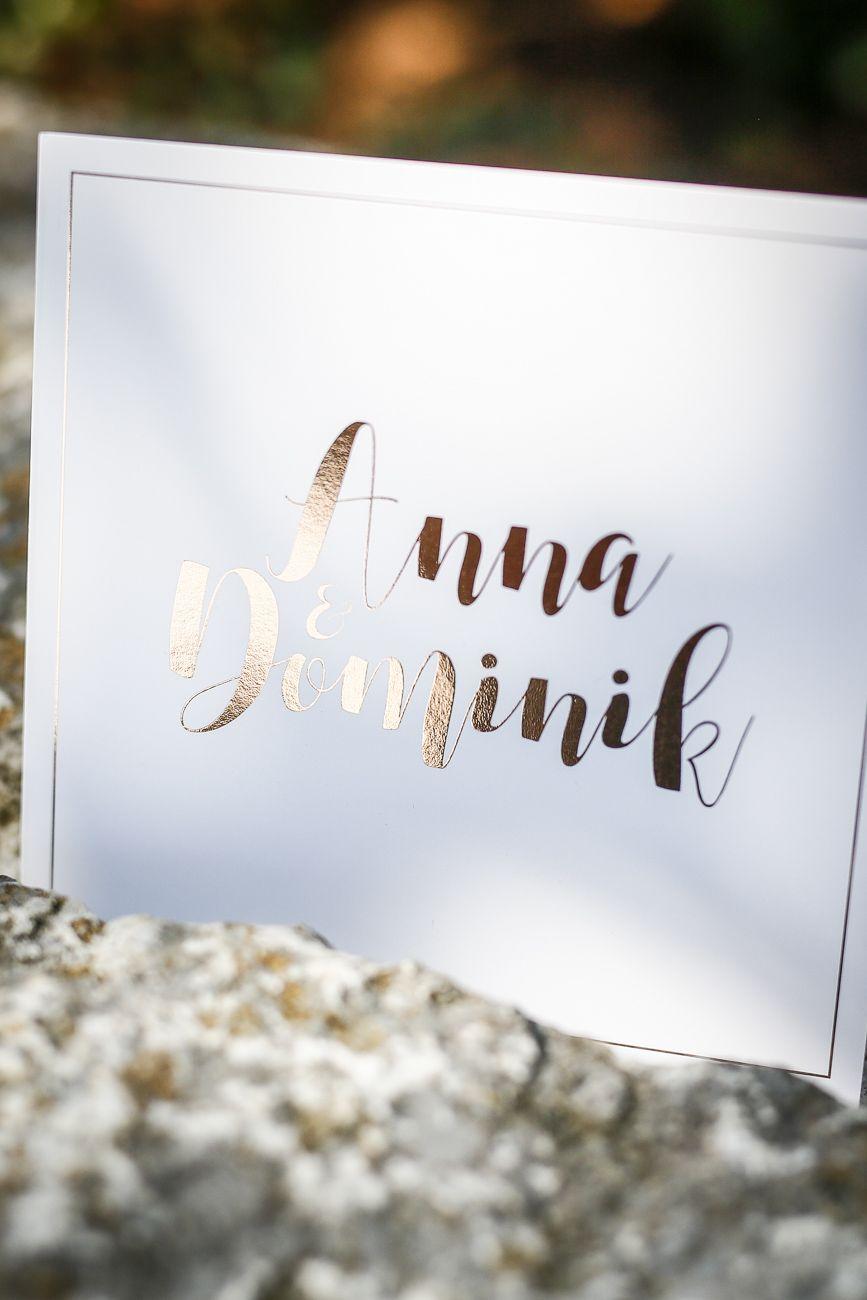 Handlettering Kalligraphie Papeterie Mit Heissfolienpragung In Gold Einladungskarten Hochzeit Namen Di 2020