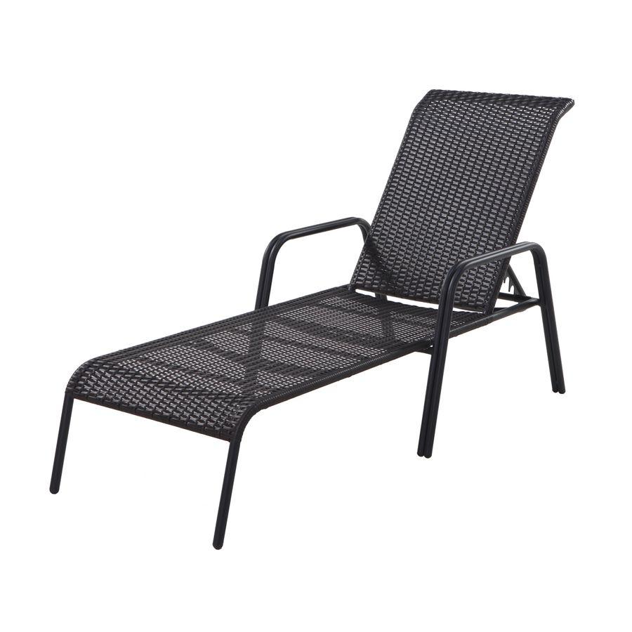 Garden Treasures Pelham Bay Wicker Stackable Patio Chaise Lounge Chair