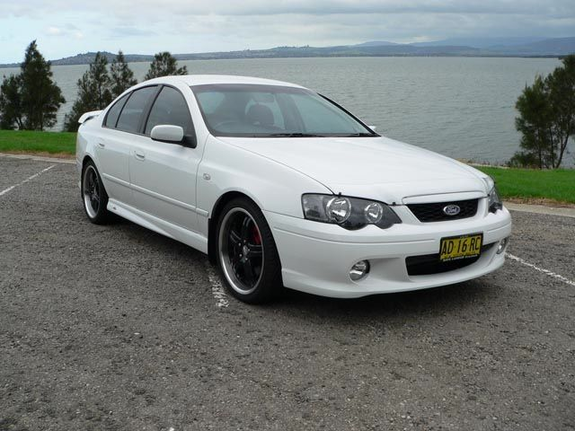2005 Ba Falcon Xr6 Turbo Added A Custom Red Leather Interior 19