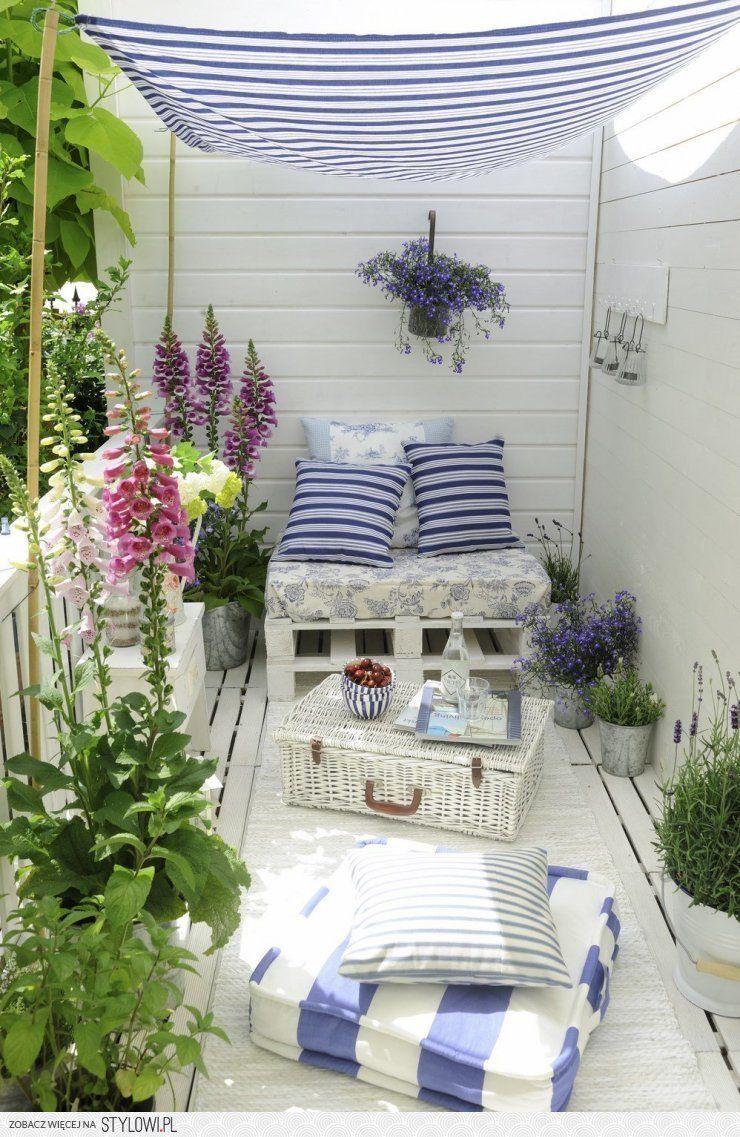Taras Marzen Najpiekniejsze Aranzacje Z Palet Claud Na Stylowi Pl Balcony Decor Outdoor Paradise Garden Furniture