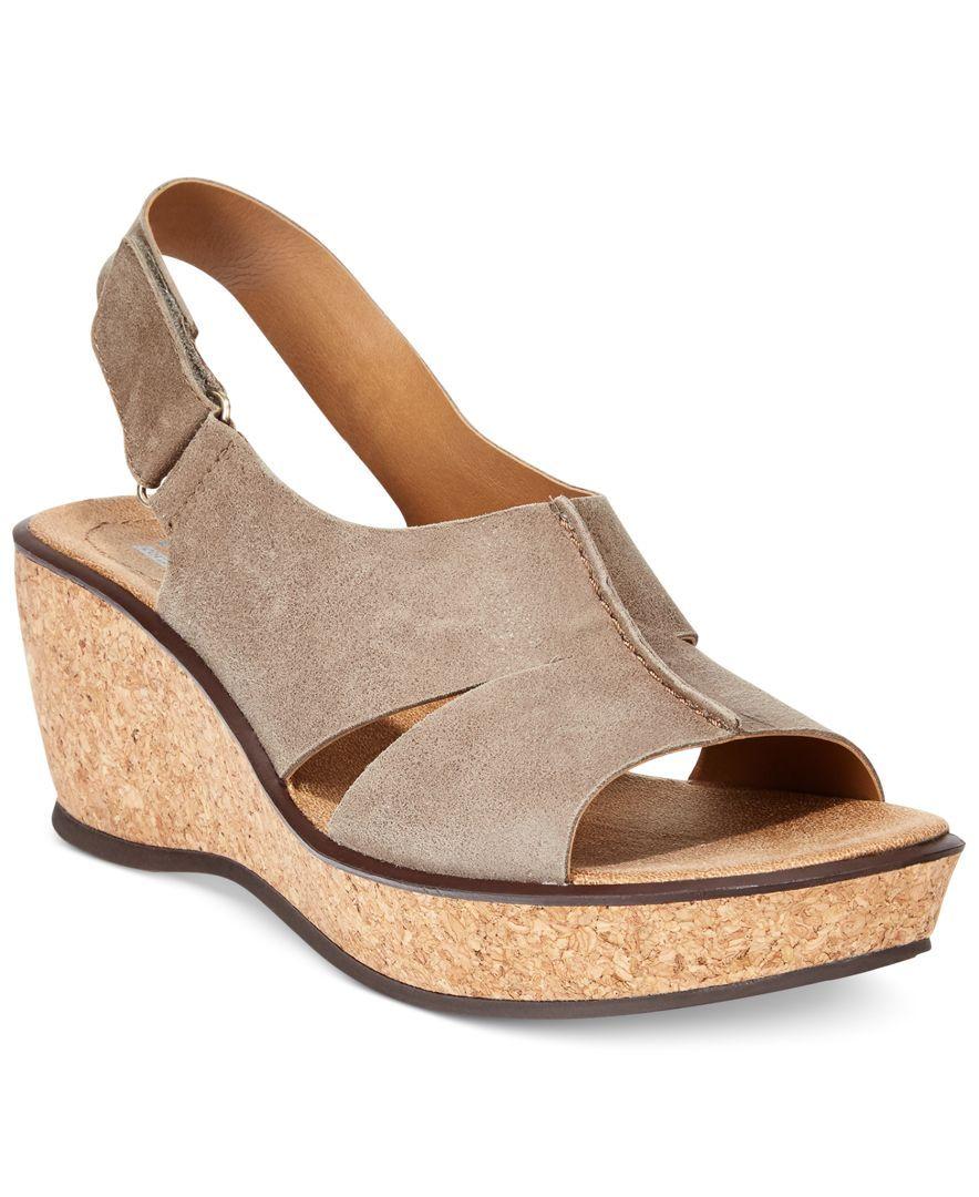 Clarks Collection Women's Rosemund Dune Platform Wedge Sandals