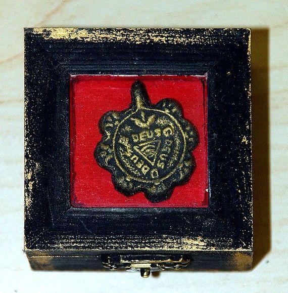 Reliquary Shrine Box   square   large 7 ARCHANGELS   amulet