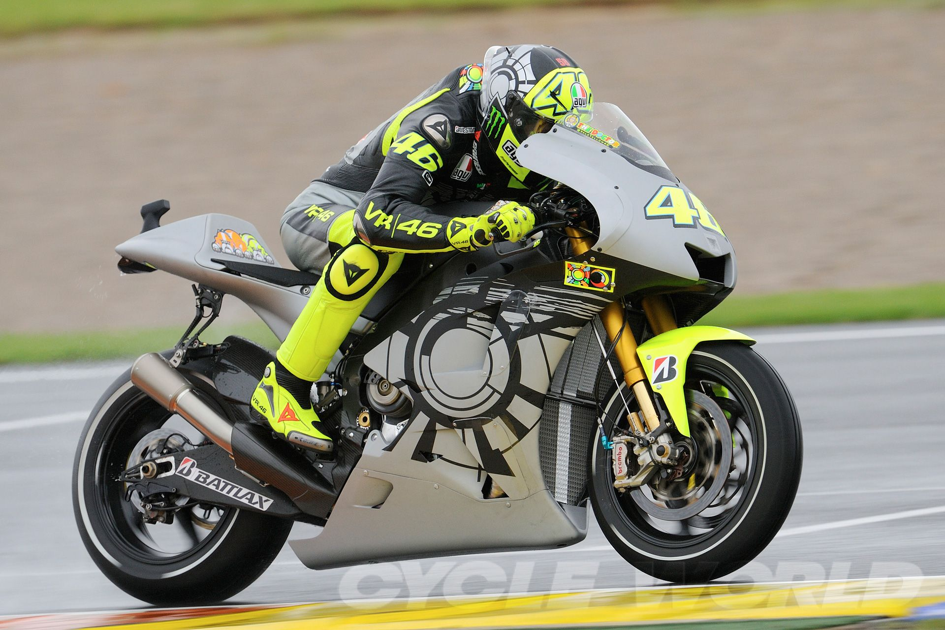 Valentino rossi wallpapers pinterest valentino rossi and vr46 valentino rossi 2013 wallpaper hd jpg x desktop wallpaper 181342 voltagebd Image collections