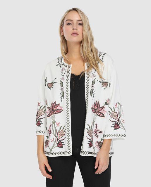 dd0777d0a1d Chaqueta de mujer talla grande Couchel en blanco con bordado floral ...