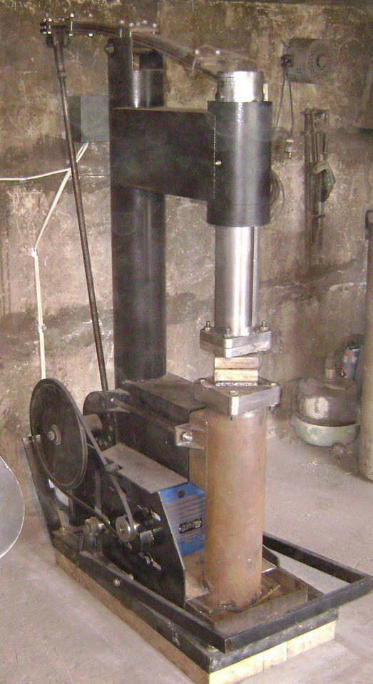 Pin By Jim D On Trades Blacksmithing  Knifesmithing
