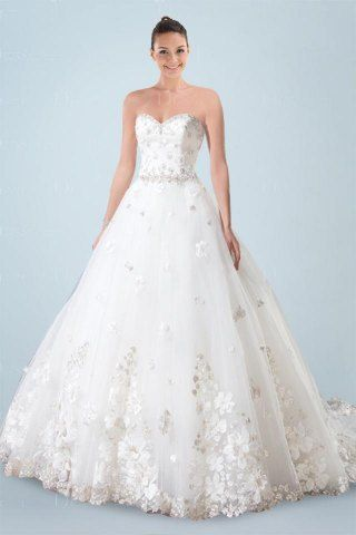 Romantic Sweetheart Neckline Princess Wedding Gown with Finest Beading and Floral Embellishment