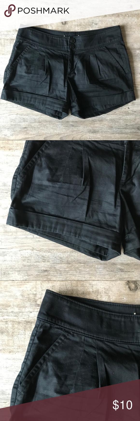 Pin em Poshmark shorts