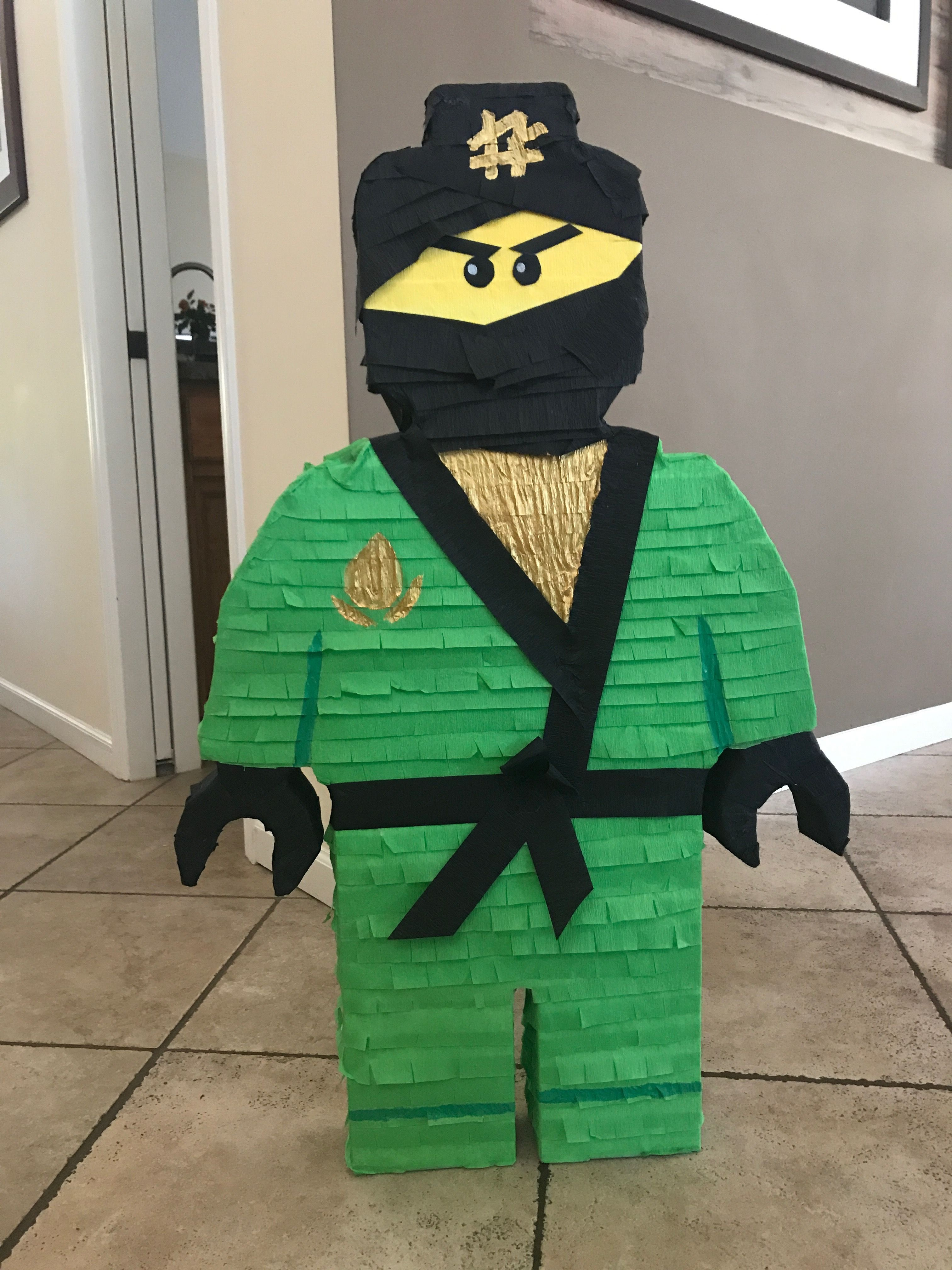Lego Ninjago Pinata Lloyd  02801dd21958a