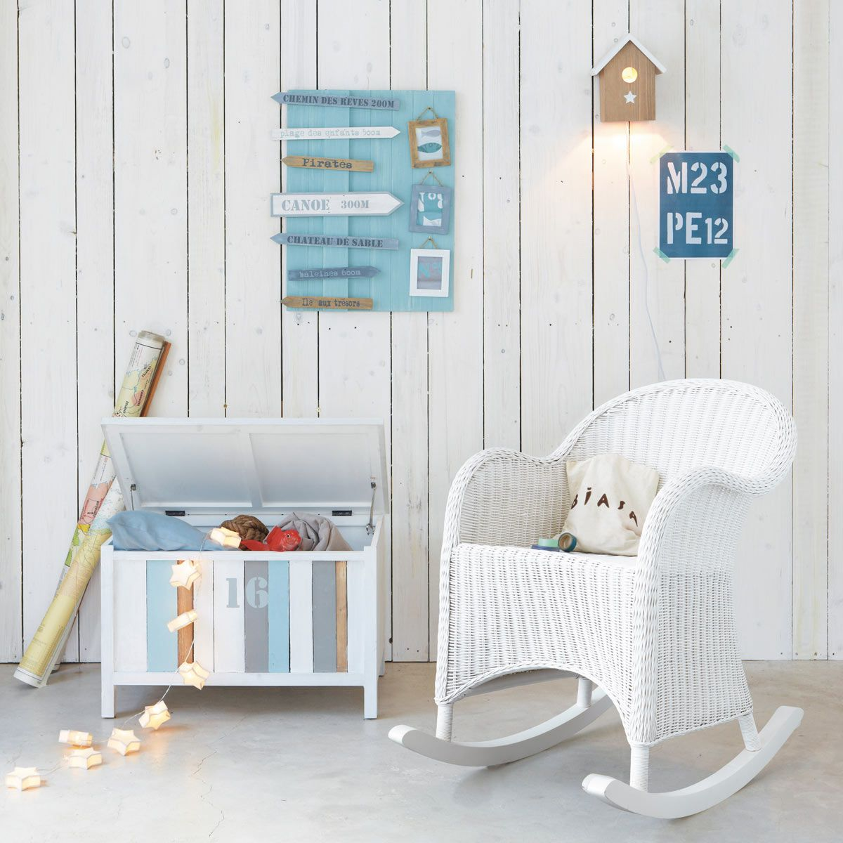 Chambre gar on baby 39 s room toddler rocking chair white wooden rocking chair e white dining - Maison du monde camere da letto ...