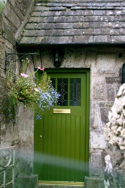 Irish Brown Bread Recipe Green Front Doors Front Door Colors Irish Cottage
