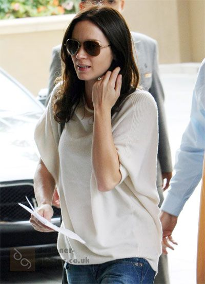 2cd950e6627 Emily Blunt wearing Tom Ford Charles sunglasses