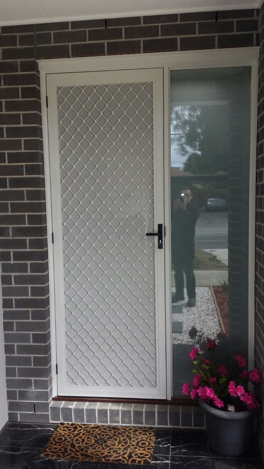 Aluminium Frame Security Door With Diamond Design Security Grille And One Way Vision Dva Mesh Plus Triple Locks I Aluminium Doors Aluminium Door Design Doors