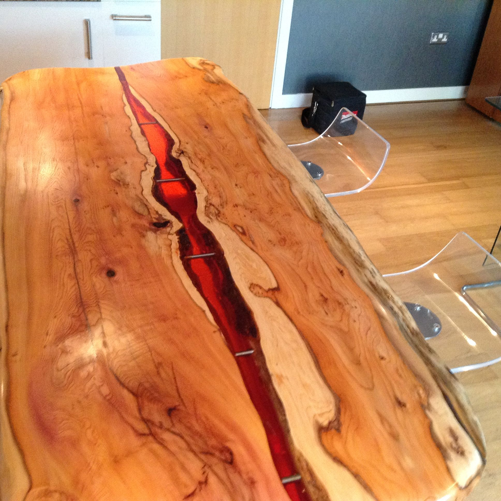 live edge kitchen island deep amber resin flows through. Black Bedroom Furniture Sets. Home Design Ideas