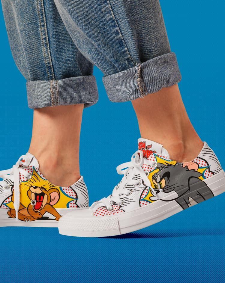 volumen conectar Criticar  Converse Tom & Jerry Chuck Taylor Low Top Shoe | Custom shoes diy, Painted  shoes diy, Custom shoes
