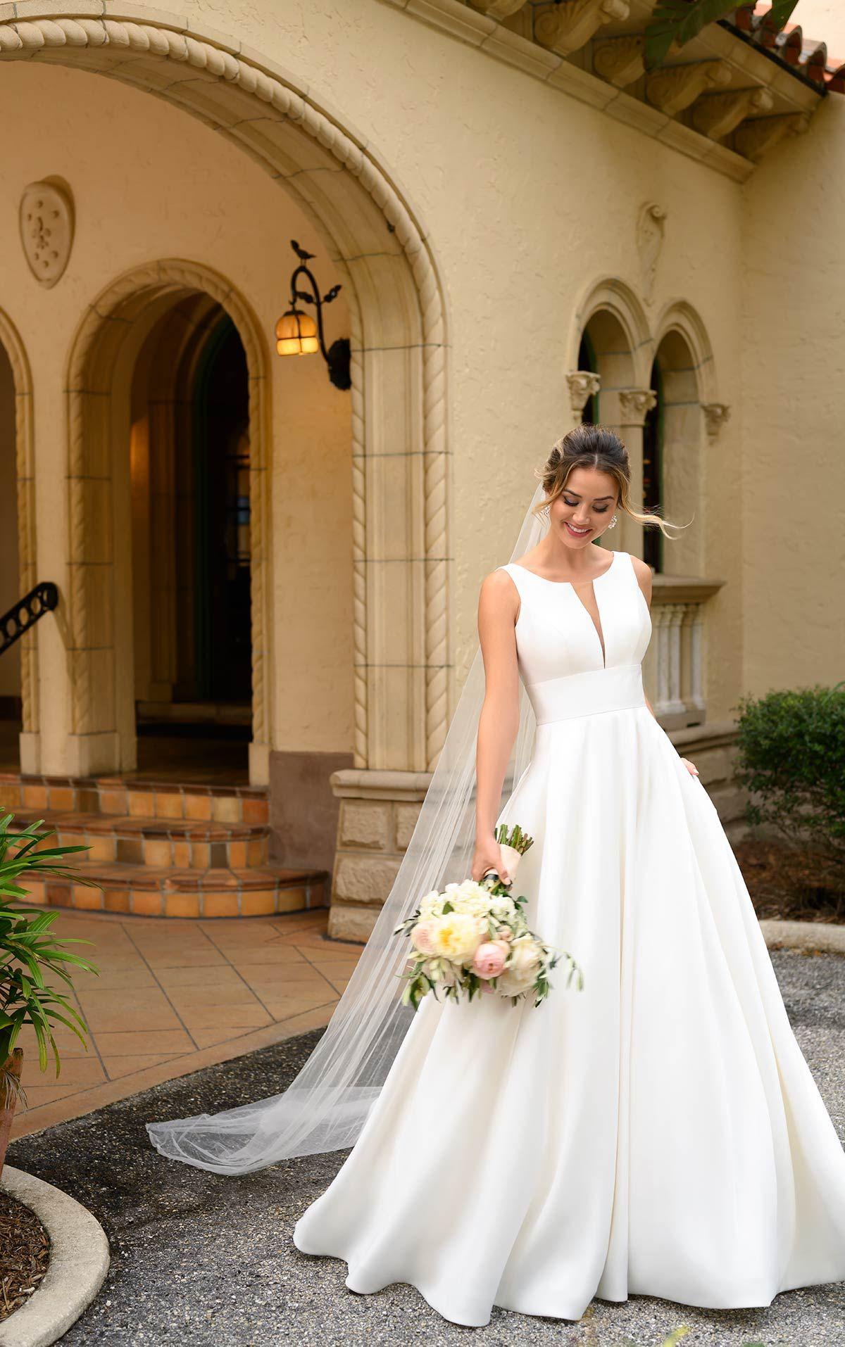 Clean Modern Ballgown With Illusion Plunge Stella York Wedding Dresses Wedding Dresses Stella York Wedding Dress York Wedding Dress [ 1914 x 1200 Pixel ]