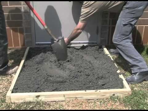 Constructing A Concrete Slab Video By Sakrete 4x4 Feet And He Says It Will Take 8 80 Lb Bags At 6 Cu Ft Per Bag That S 4