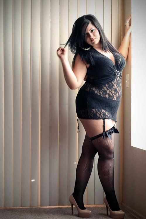 Chubby ladies in nylons