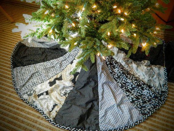 Holly and poinsettia tree skirt
