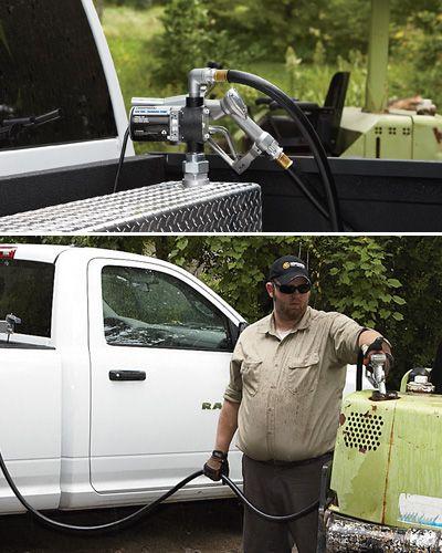 Roughneck 12V Fuel Transfer Pump — 8 GPM, Manual Nozzle