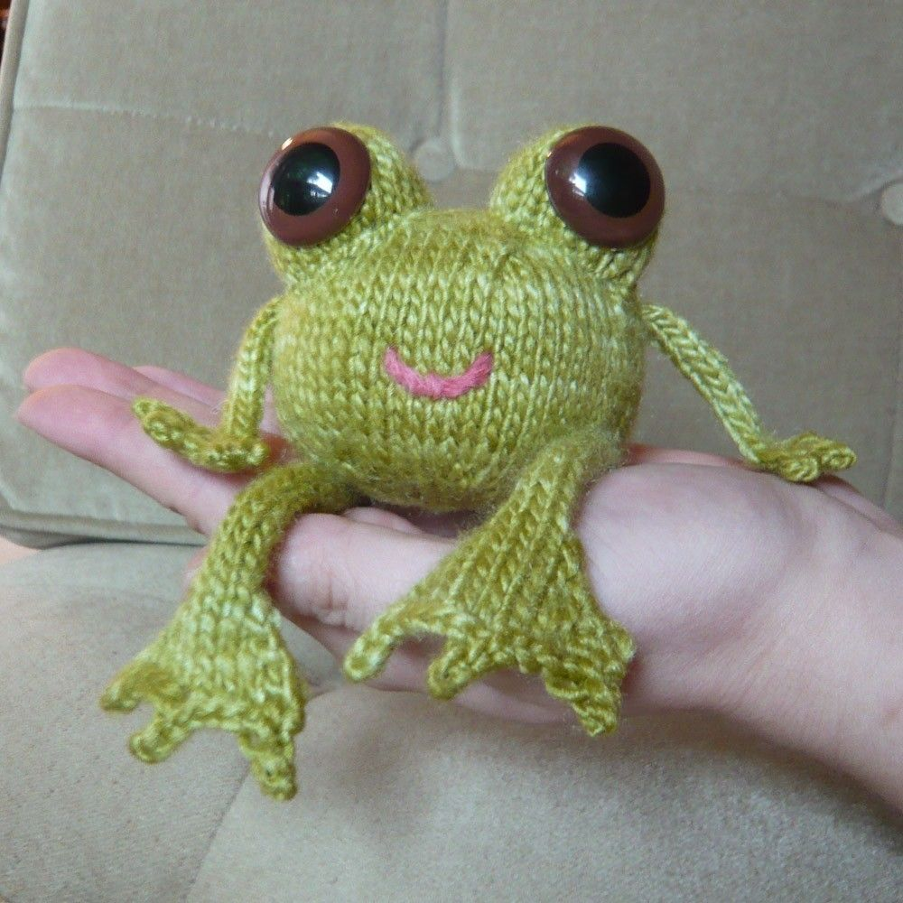 little happy crochet frog | DIY Ideas, Quotes and Pictures ...