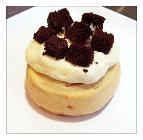 Gourmet Cinnamon Rolls (Vegan) Butterscotch Frosting with Brownie Chunks! www.cinnaholic.com