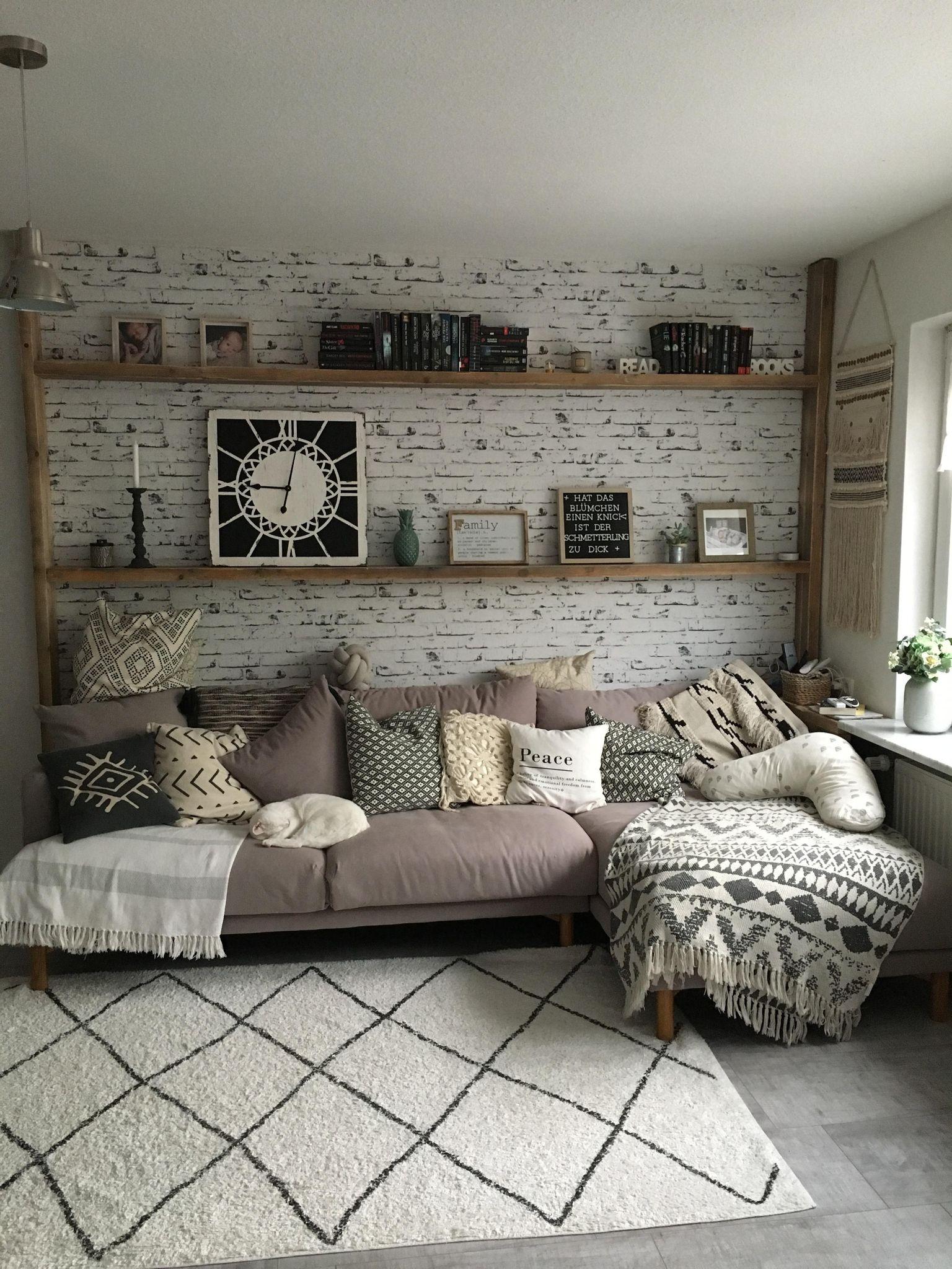 wohnzimmer hygge wandgestaltung design wohnzimmerwand wohnung wanddekoration schwarz metall qvc