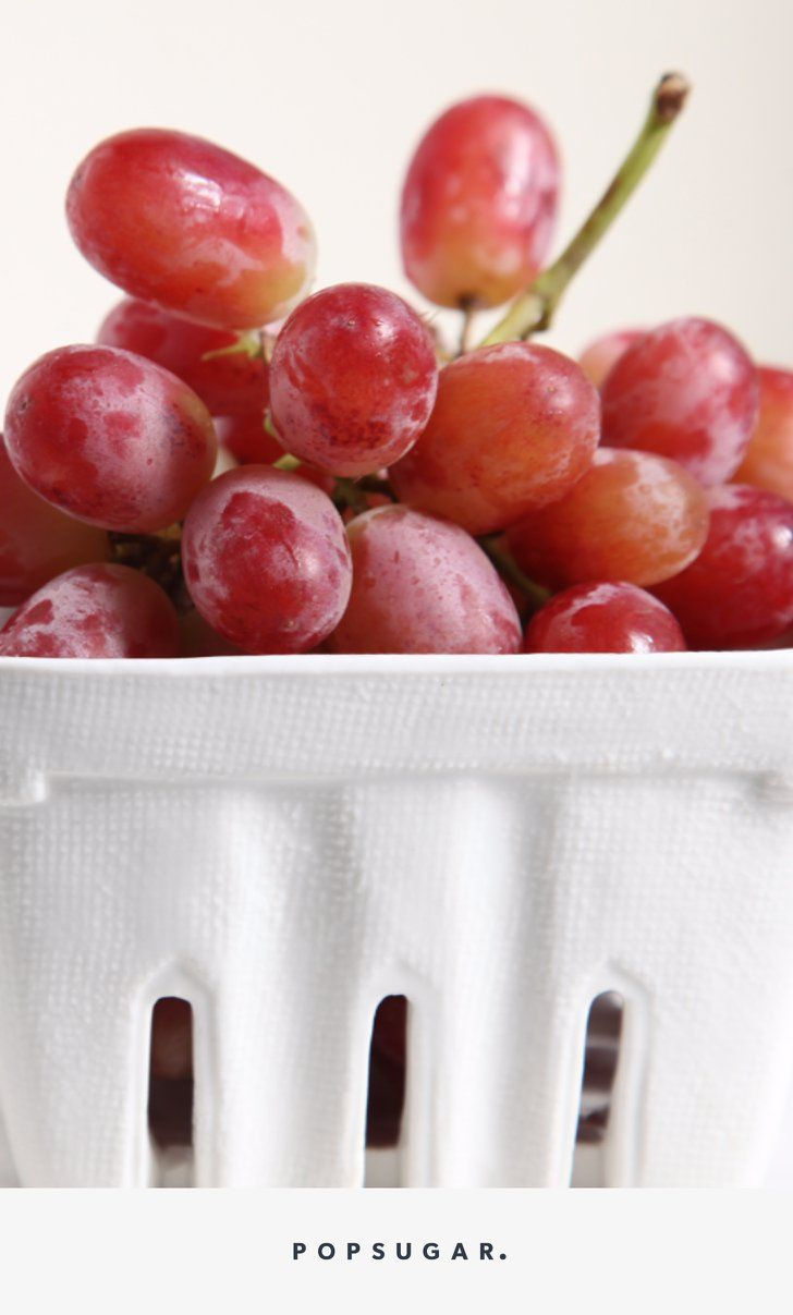 5 Things That Are Impossible To Eat On The Go And Their Alternatives Food New Year S Food Grape Nutrition