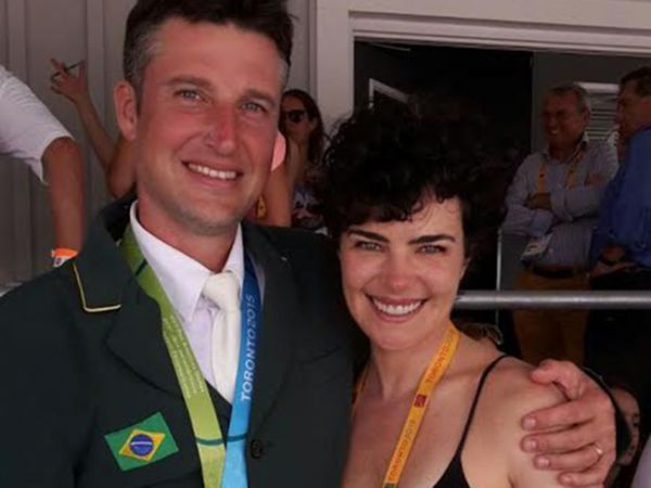 Longe da TV há cinco anos, Ana Paula Arósio saiu do seu período de reclusão para torcer pelo marido,... - Instagram