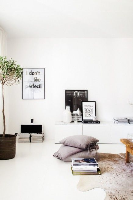 Woonkamer styling van stylist Pella Hedeby | Stylists, Vans and ...