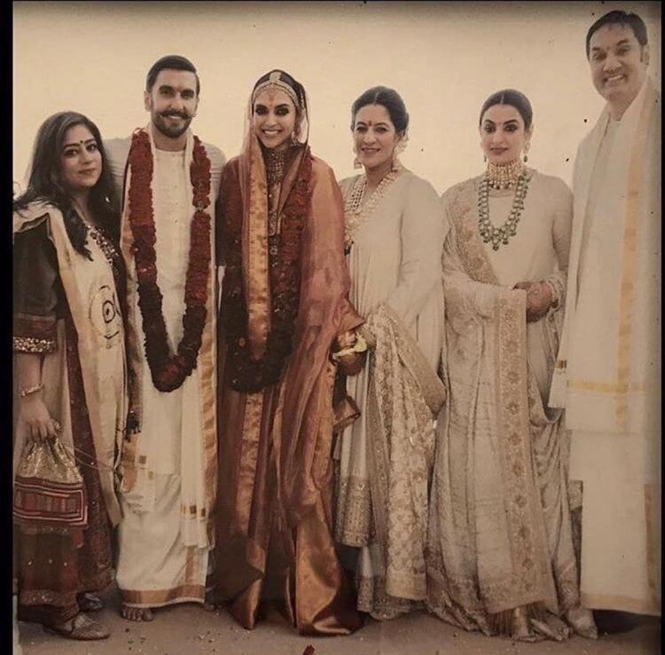 Bhavnani Family Welcomes The New Bride Deepika Padukone With An Open Heart And A Big Smile Hungryboo Indian Bridal Fashion Deepika Padukone Pakistani Fashion