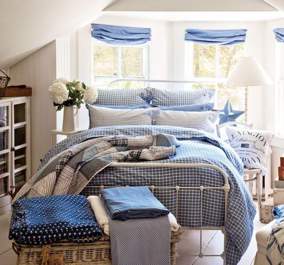 Pienen lipaston sais myös makkariin sängyn viereen, jos se ei mahdu eteiseen tai vaatekomeroon.