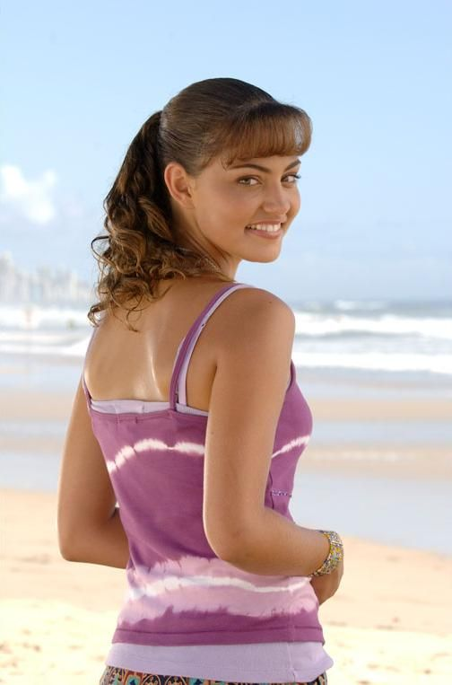 Cleo sertori all i want is just to live amongst the h2o for Mako mermaids cleo