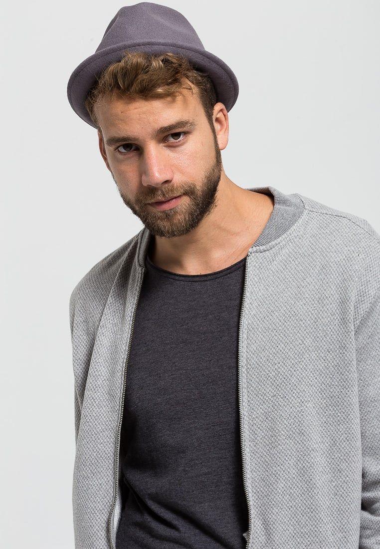 ¡Consigue este tipo de sombrero básico de Black Kaviar ahora! Haz clic para  ver 1f8568416e1