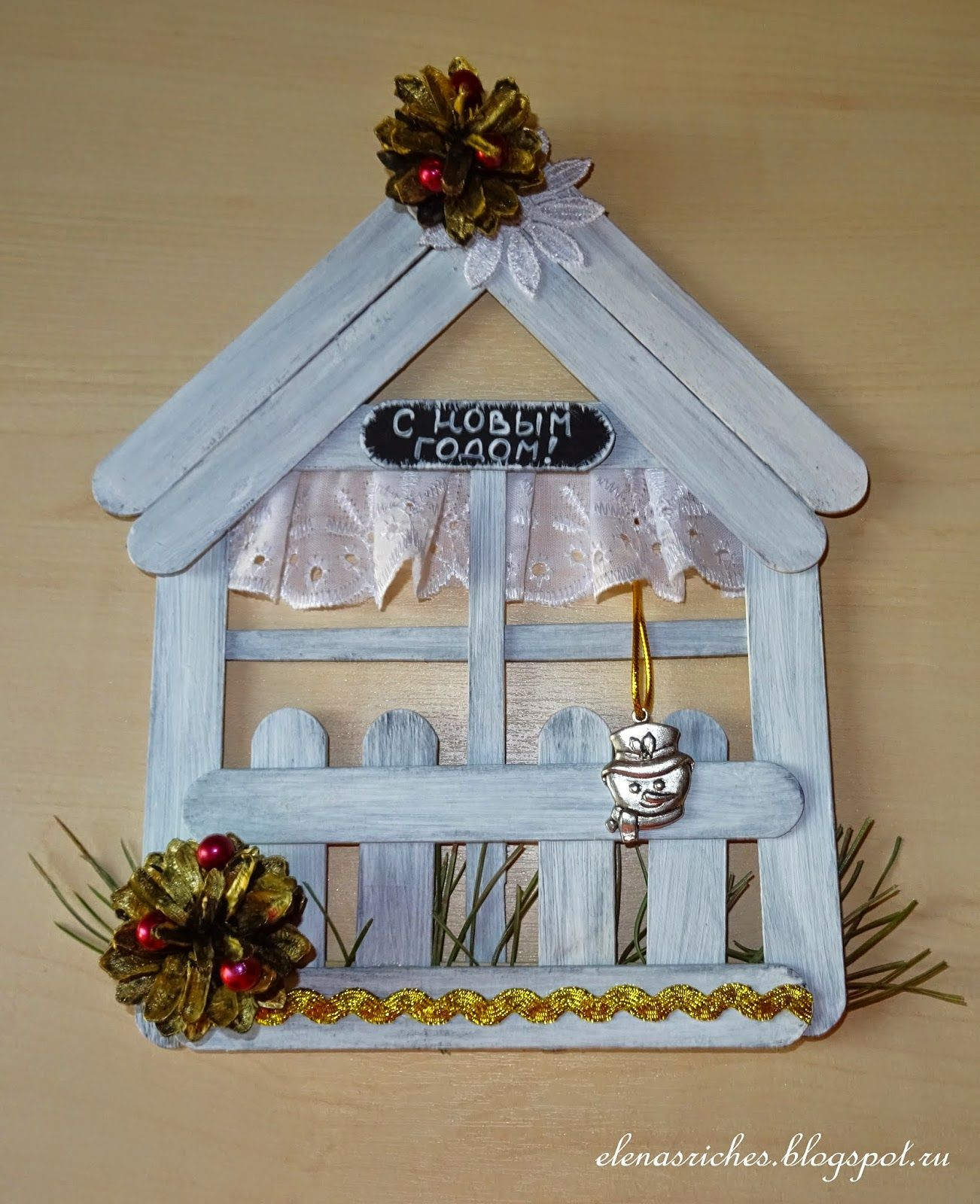 This pin was discovered by g l el sanatlar craft stick crafts popsicle stick crafts e - Decorazioni natalizie fatte a mano per bambini ...