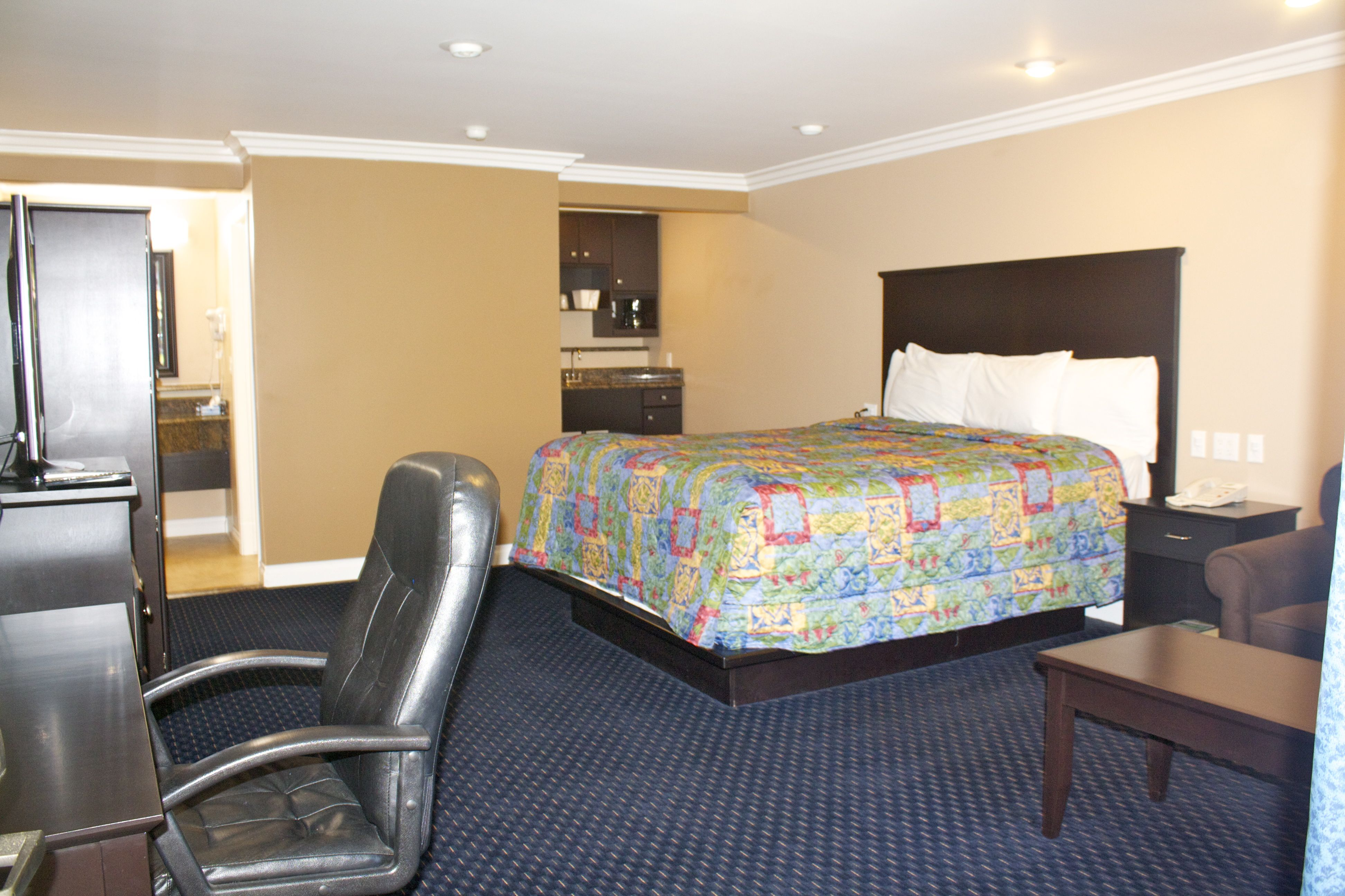 Stay at spacious King room, fearing amenities including