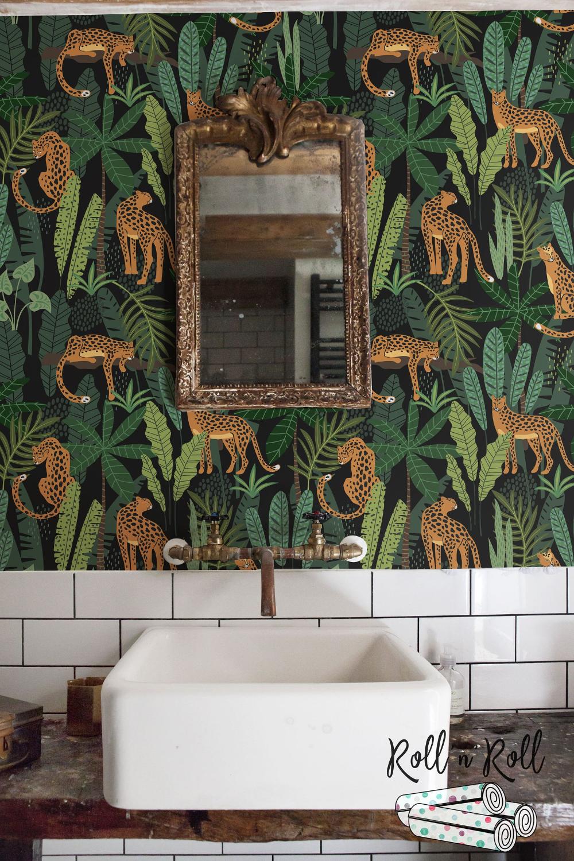 Dark Floral Wallpaper Leopard Jungle Wallpaper Tropical Etsy Jungle Wallpaper Tropical Wallpaper Floral Wallpaper