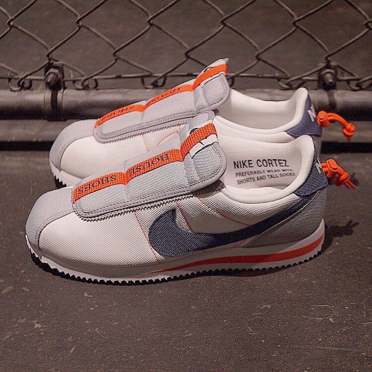 Nike Air Sock Racer : Women's Clothing Mens Shorts Stores