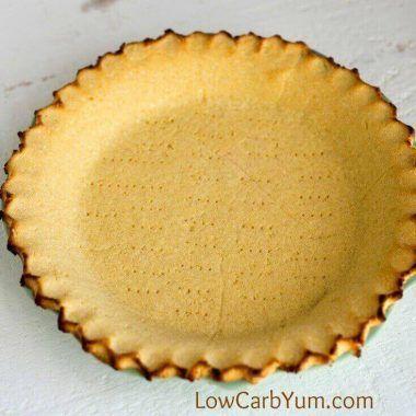 Coconut Flour Pie Crust - Gluten free | Low Carb Yum