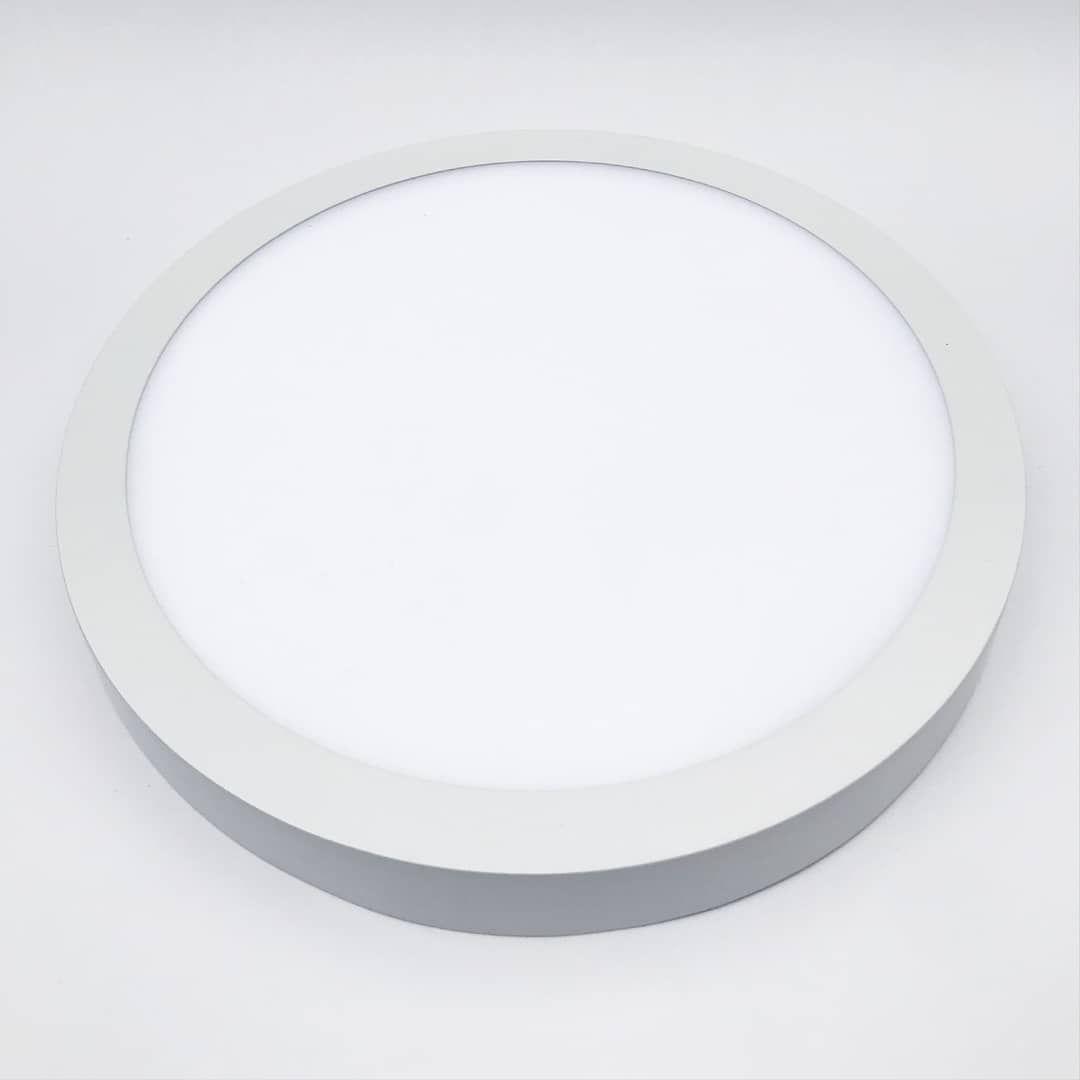Iluminacion Interior Serie Sobreponer Diseno Ultra Delgado Elegante Y Estilizado Con Iluminacion Interiores Led Iluminacion Interior Iluminacion Exterior