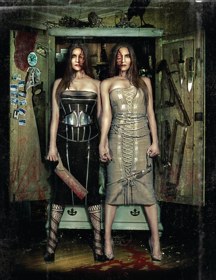 Haunted Houses · The Raven Twins, Howl O Scream 2008 At Busch Gardens Tampa