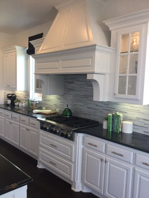 how to install kitchen backsplash strata platinum glass backsplash a pop of green it 7260