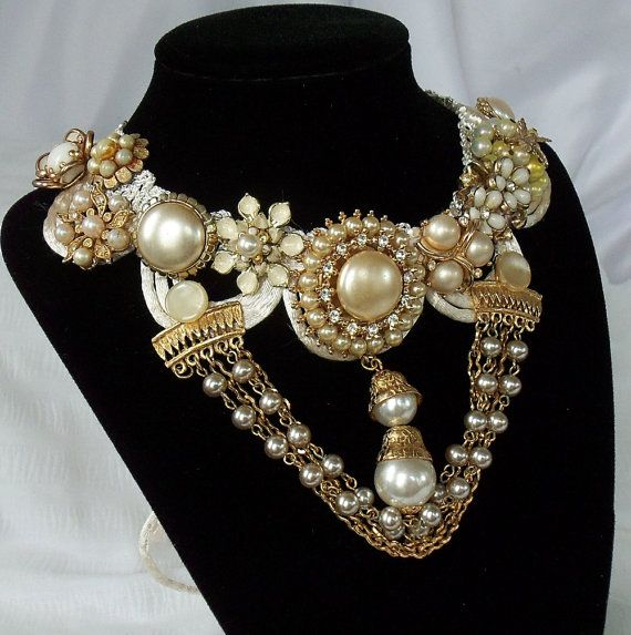 Hey, I found this really awesome Etsy listing at https://www.etsy.com/listing/82610337/bejeweled-bridal-necklace-old-hollywood