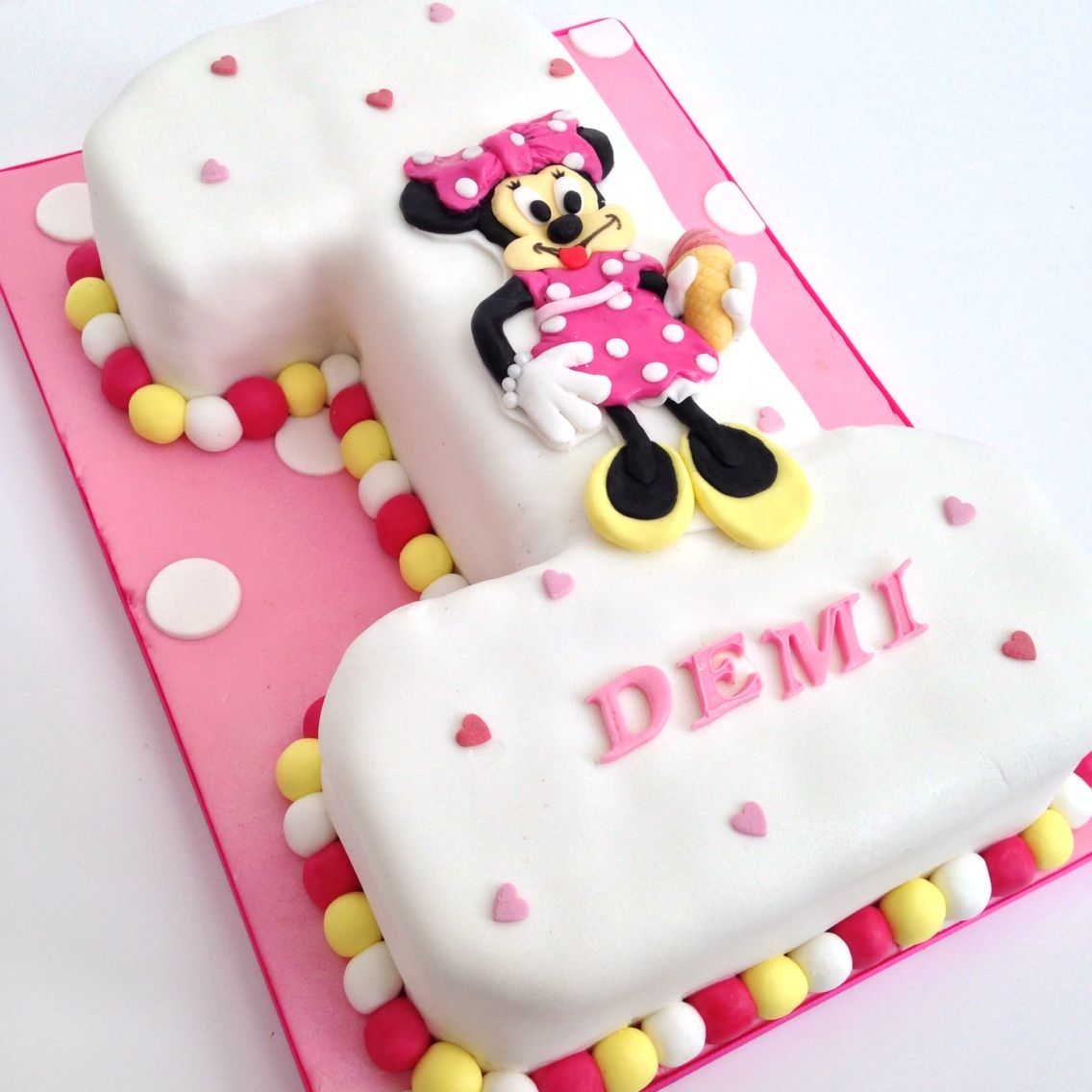 Minnie Mouse age 1 birthday cake by Honey Whispers www