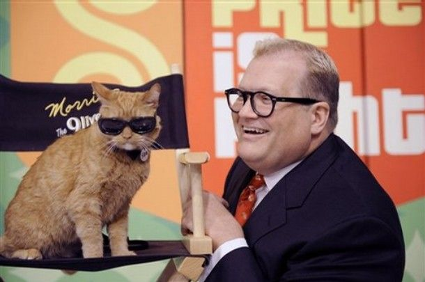 Drew Carey and Morris the Famous Nine Lives Cat (who was featured in my 1990 Calendar post. Wow).