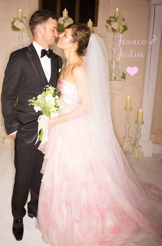 Wedding Wednesday Jessica In Pink Jessica Biel Wedding Dress Pink Wedding Dresses Celebrity Wedding Photos