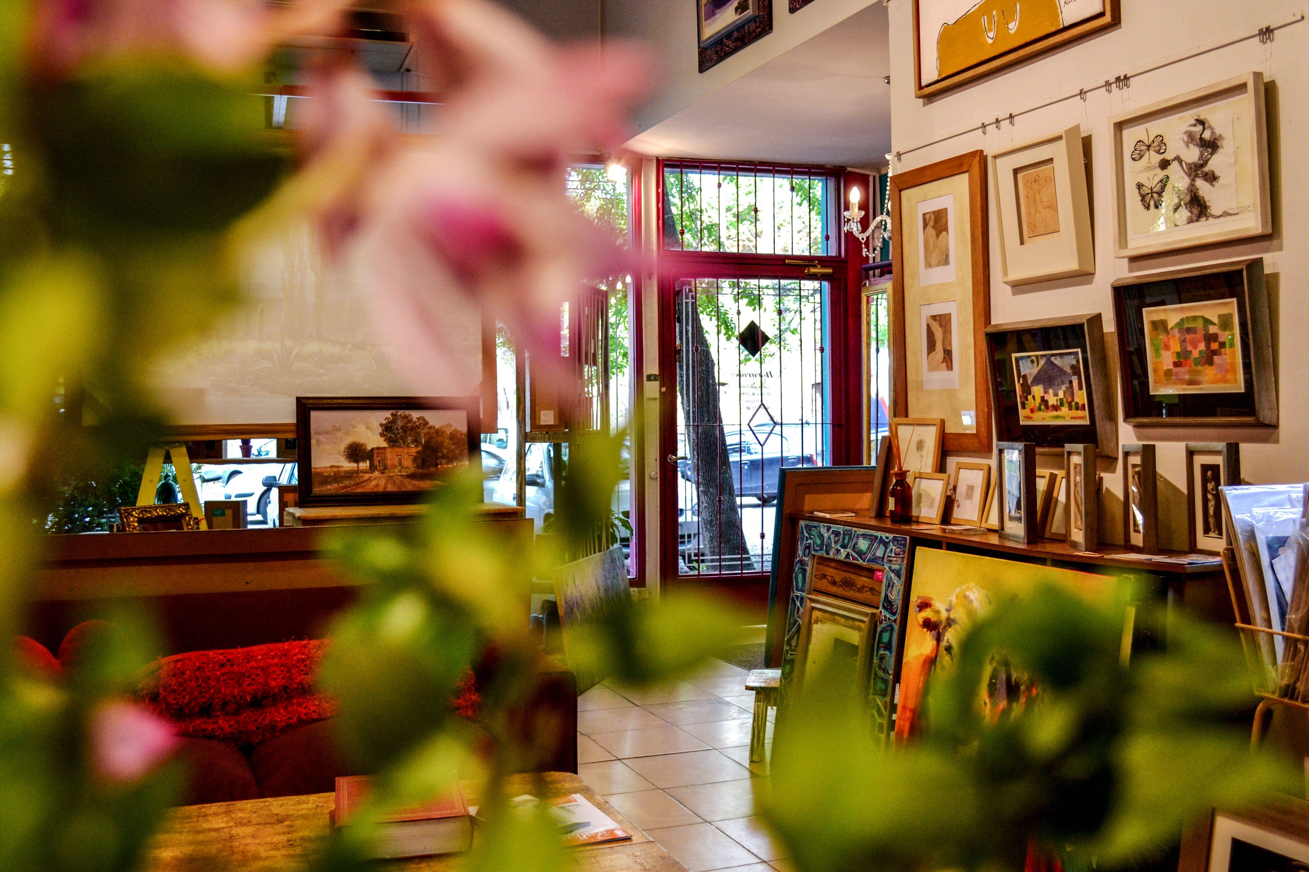 Tienda de Marcos #Enmarcados #Cuadros #Diseños #San Isidro | Taller ...