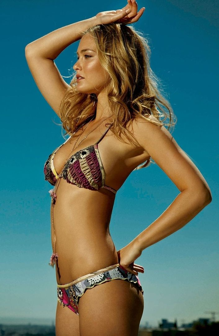 Swimsuit bar refaeli